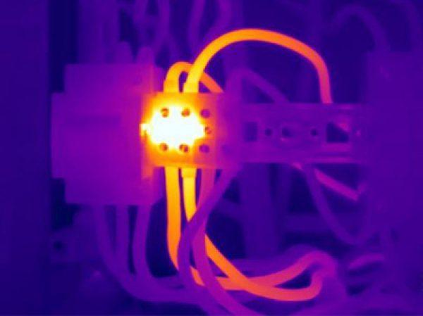 Überhitzung einer elektrischen Anlage