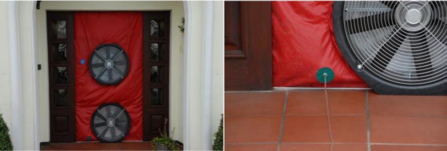 Blower Door Gerät wird eingebaut